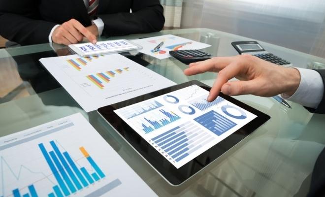 raportarile-contabile-semestriale-obligatorii-doar-pentru-firmele-cu-cifra-de-afaceri-mai-mare-de-a6839-1